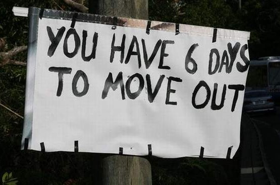 move out sign