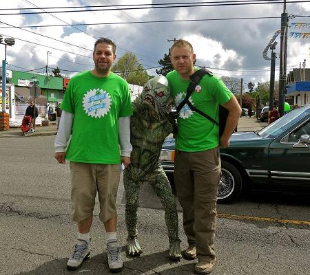 BFFs Sponberg (l) and Caleb (r) hang with an alien. #OneBigTeam